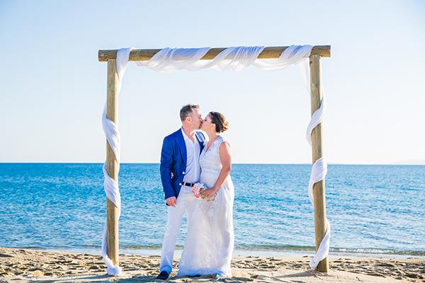 ρομαντικος-γαμος-στην-ναξο-στην-παραλια (1)