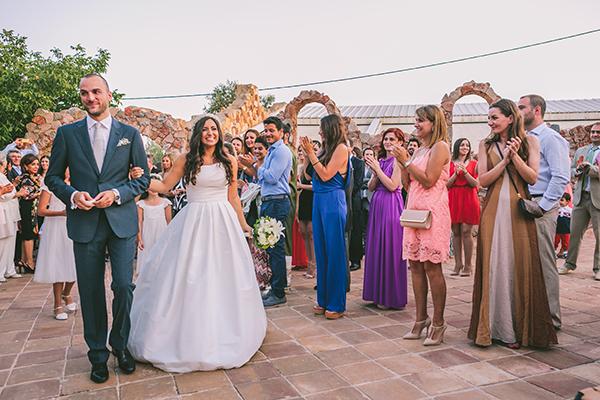 ρομαντικος-γαμος-σε-κτημα (2)