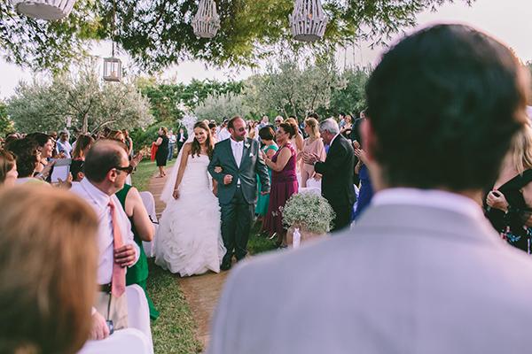 μυστηριο-γαμου-προαυλιο-εκκλησιας (2)