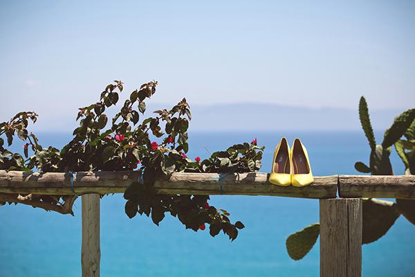 κιτρινα-νυφικα-παπουτσια