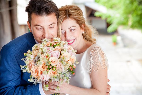 νυφικη-ανθοδεσμη-γαμος-ανοιξη-2