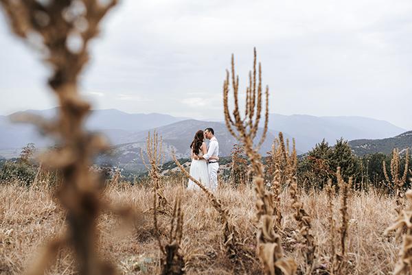 fall-wedding-xanthi-sunflowers-6
