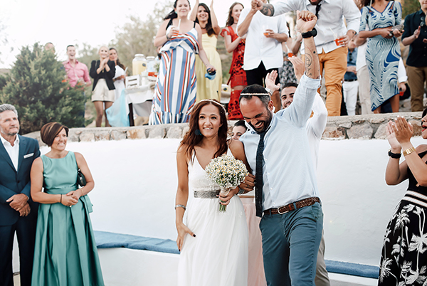 beautiful-wedding-in-patmos-19