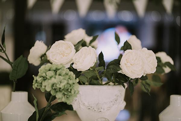 pretty-spring-wedding-xanthi-28