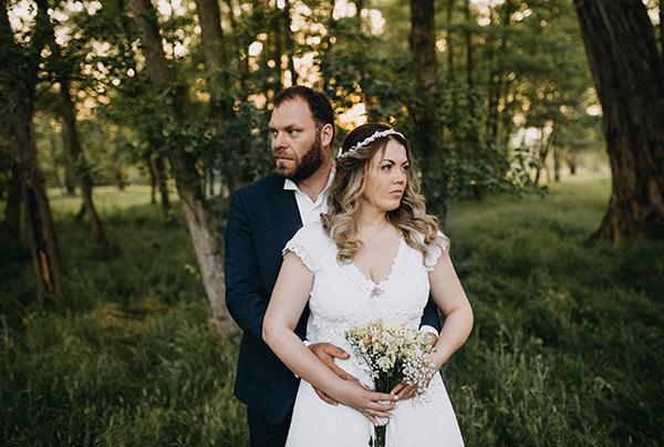 pretty-spring-wedding-xanthi-33