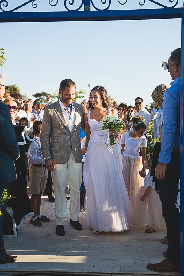 lovely-wedding-skyros-17