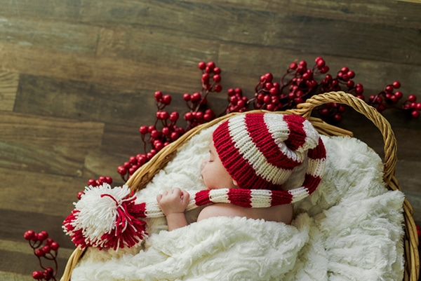 the-cutest-christmas-newborn-session-3