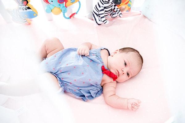 adorable-newborn-photosession_01
