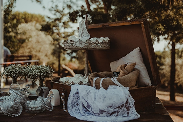 romantic-rustic-wedding-with-babys-breath_11