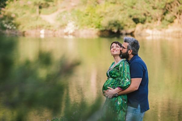 sweet-prenatal-lake-shoot_01