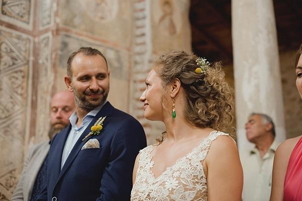 beautiful-wedding-with-sunflowers-17