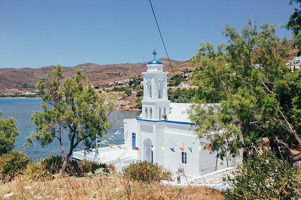 bright-gorgeous-wedding-tinos-island_09