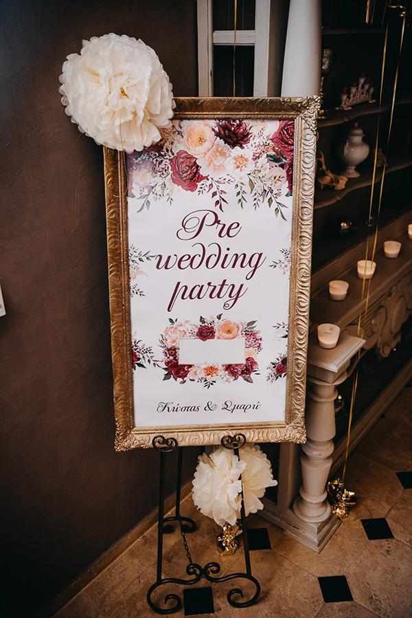 fairytale-winter-wedding-burgundy-colour_10