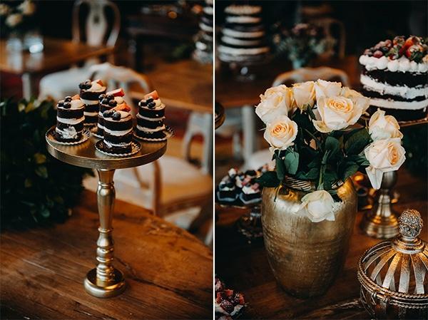 fairytale-winter-wedding-burgundy-colour_14A