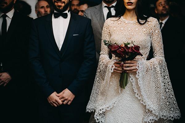 fairytale-winter-wedding-burgundy-colour_19