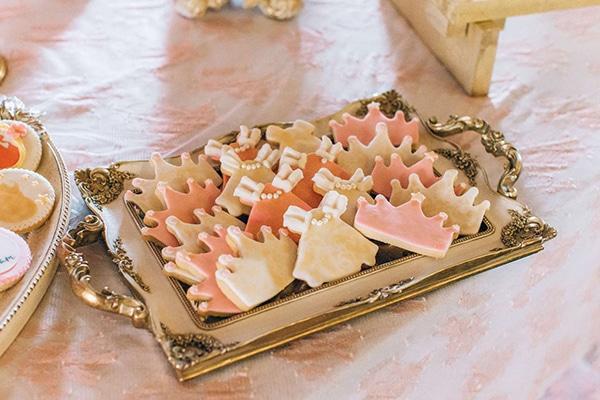 gorgeous-dessert-table-girl-baptism-_05