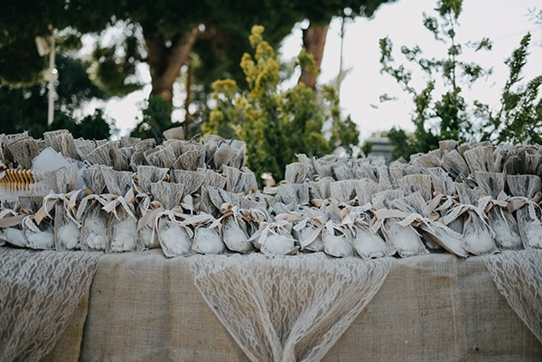 romantic-spring-wedding-athens_10x