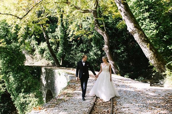 beautiful-fall-wedding-white-hues_02
