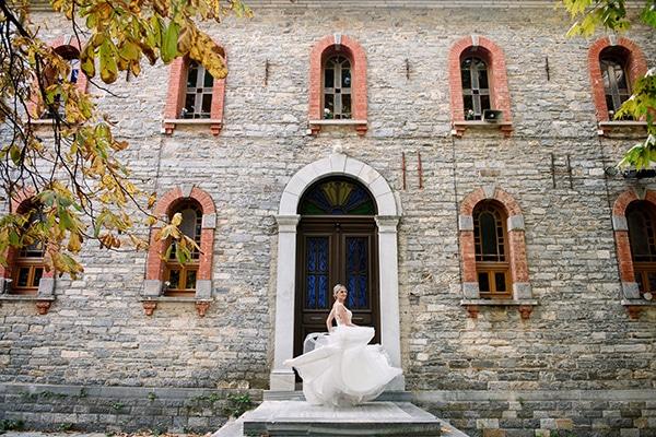 beautiful-fall-wedding-white-hues_03