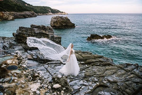 beautiful-fall-wedding-white-hues_25