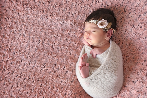 cute-newborn-photoshoot-pink-hues_04