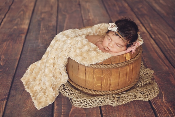 cute-newborn-photoshoot-pink-hues_09
