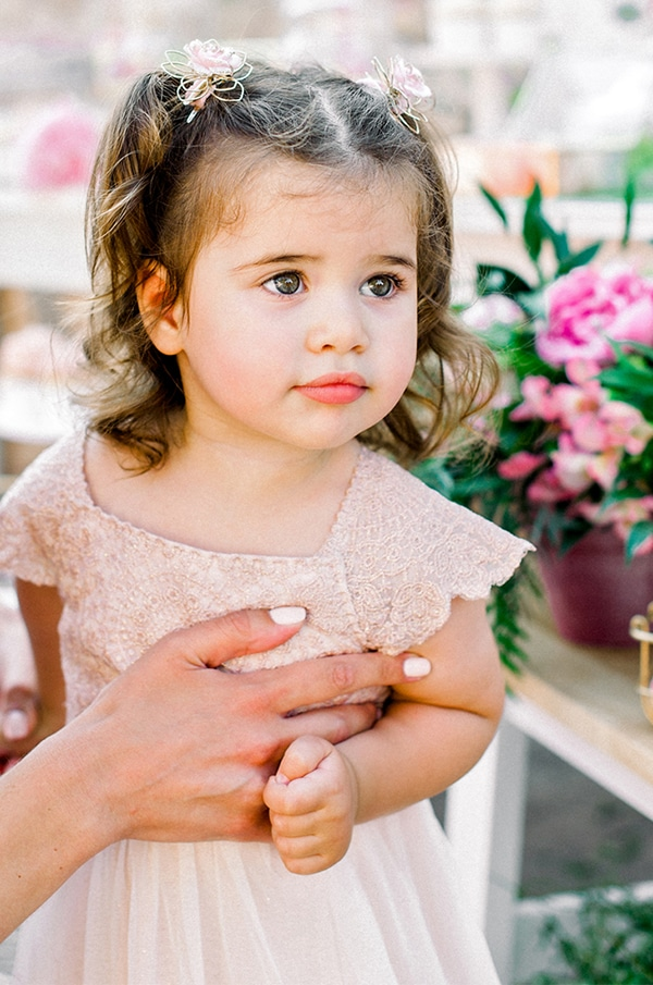 fairytale-girly-baptism-floral-blossom_03x