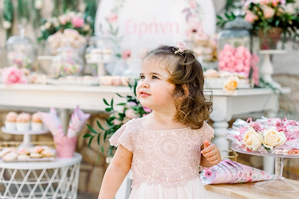 fairytale-girly-baptism-floral-blossom_23