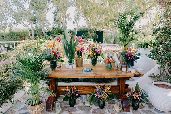 beautiful-baptism-ideas-tropical-theme_18