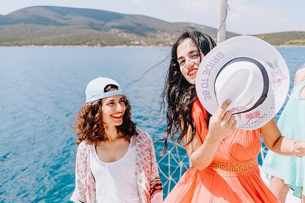 unique-bachelorette-party-sailing-boat_04x