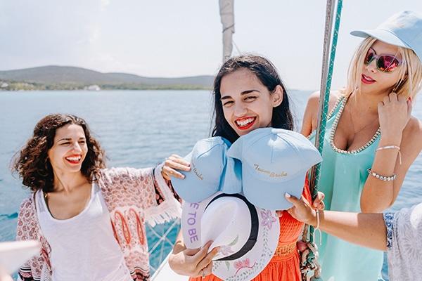 unique-bachelorette-party-sailing-boat_05