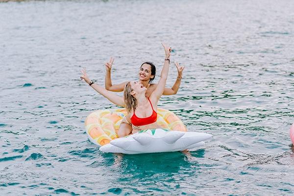 unique-bachelorette-party-sailing-boat_13