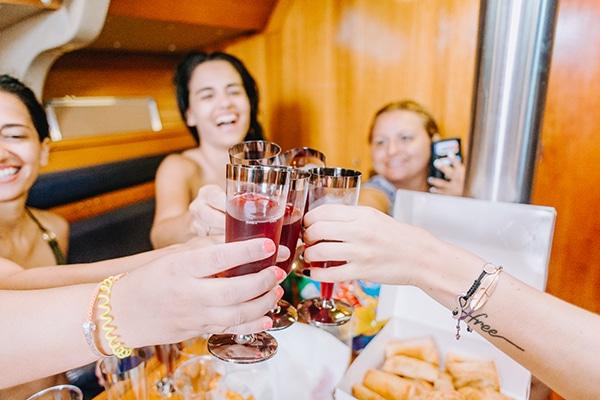 unique-bachelorette-party-sailing-boat_18