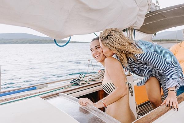 unique-bachelorette-party-sailing-boat_22