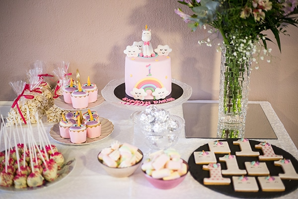 beautiful-ideas-1st-birthday-unicorn-theme_01