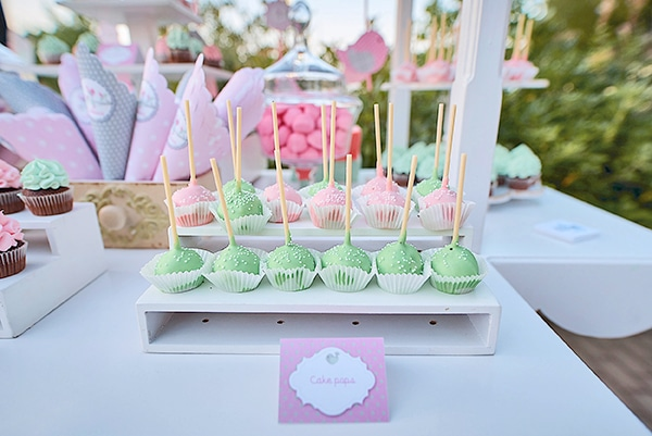 beautiful-ideas-girl-baptism-little-bird-theme_20