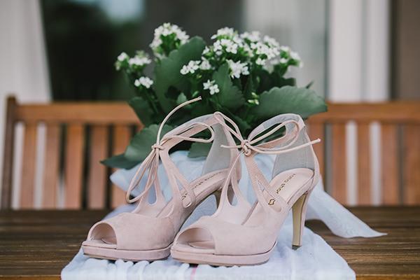beautiful-summer-wedding-vivid-colours-rustic-details_04