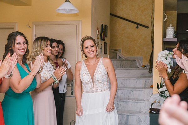 beautiful-summer-wedding-vivid-colours-rustic-details_10