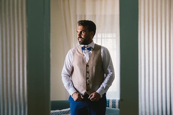 beautiful-summer-wedding-vivid-colours-rustic-details_14