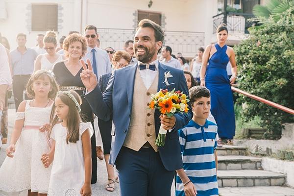 beautiful-summer-wedding-vivid-colours-rustic-details_21