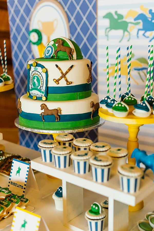baptism-decoration-vivid-colors-horses_07