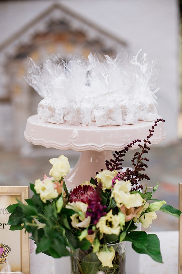 baptism-ideas-pink-gold-hues_11