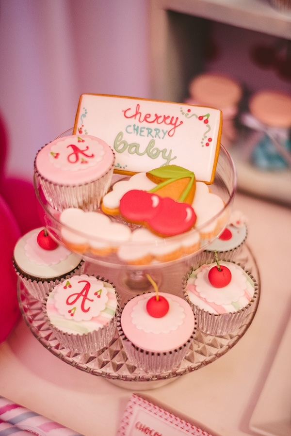 beautiful-decoration-ideas-cherry-baptism_09