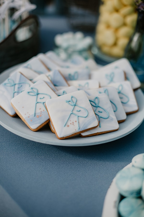 beautiful-wedding-baptism-decoration-ideas-blue-hues_10
