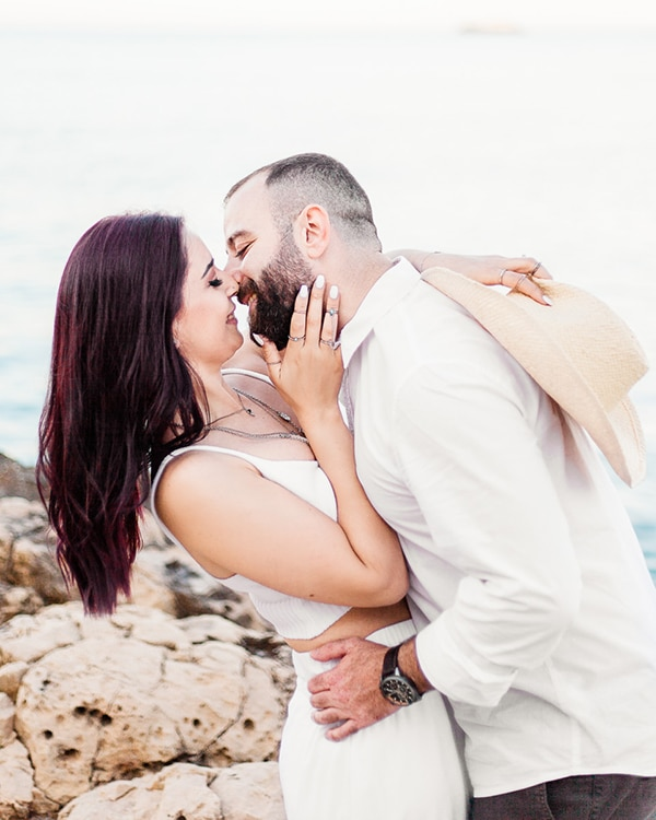 dreamy-beach-engagement-shoot_07