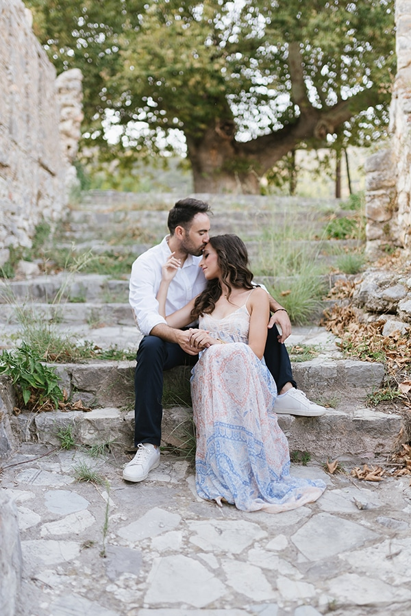 romantic-prewedding-photoshoot-nafpaktos_09x