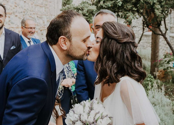 romantic-summer-wedding-lavender-serres_15