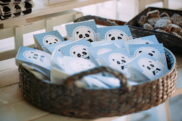 beautiful-boy-baptism-decoration-ideas-theme-panda_12