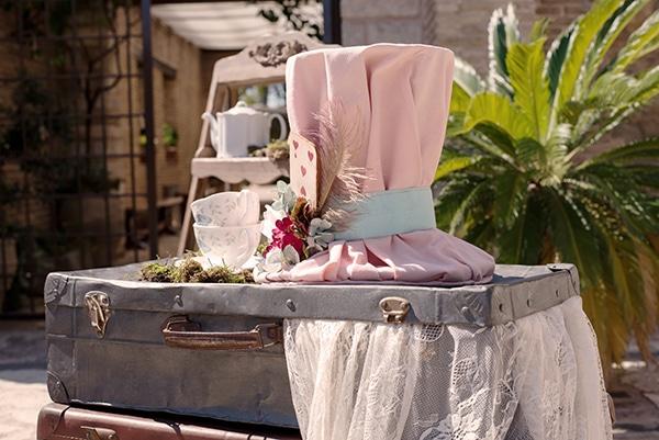fairytale-girl-baptism-ideas-alice-wonderland_01x