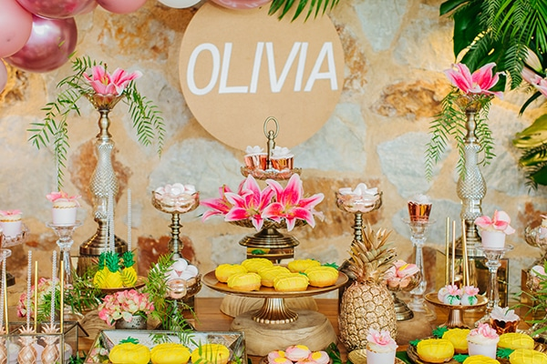 dreamy-girly-baptism-vivid-colors-tropical-details_11